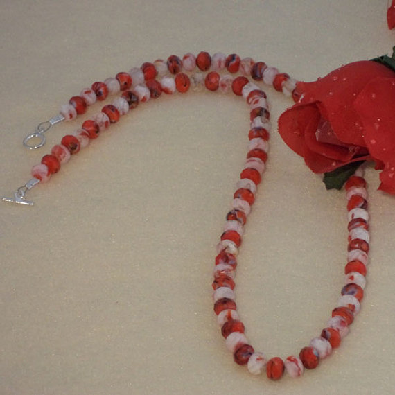 Red And White Crystal Beaded Necklace