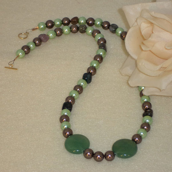 Green And Brown Beaded Necklace