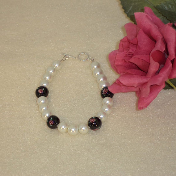 White Glass Pearl Bracelet With Czech Lampwork Beads