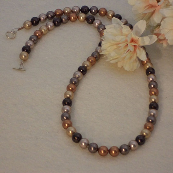Swarovski Crystal Pearl Necklace In A Mixture Of Colors