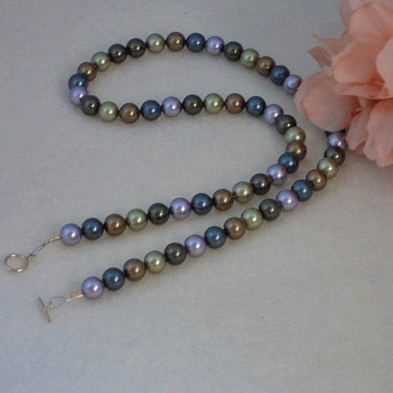 Swarovski Crystal Pearl Necklace In A Combination Of Light
