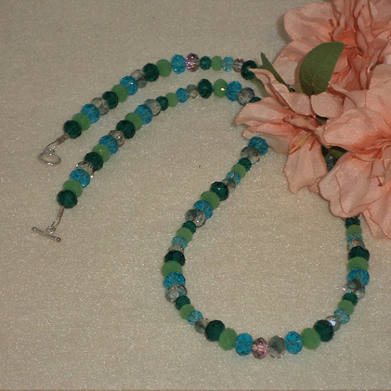 Necklace Of Green
