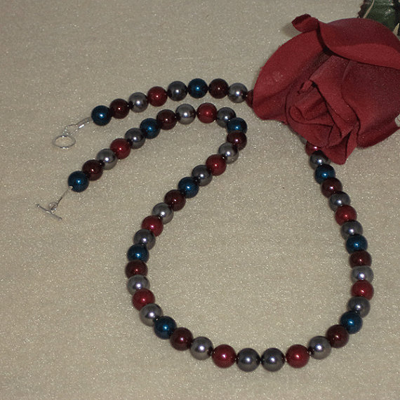 Swarovski Crystal Pearl Necklace In A Combination Of Bold Colors