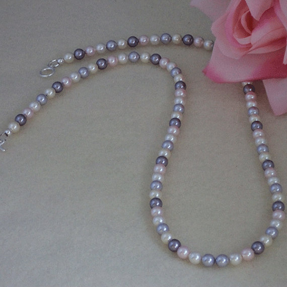 Swarovski Crystal Pearl Necklace In A Classic Mixture Of Colors