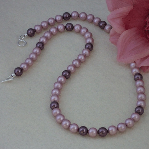 Swarovski Crystal Pearl Necklace In A Charming Combination Of Colors