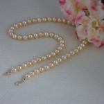 Gorgeous Swarovski Pearl Necklace In Gold Colors